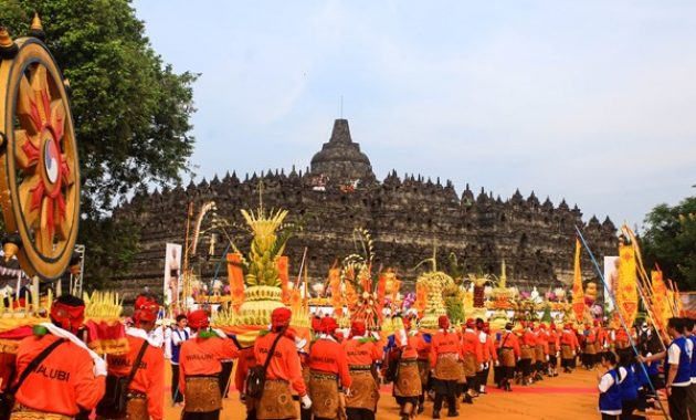 Waisak i Borobudur