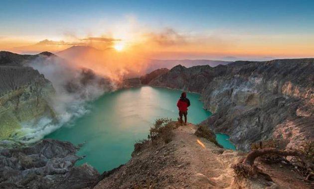 Керівництво для відвідування вулкана Блакитне полум'я в Кава Іджен