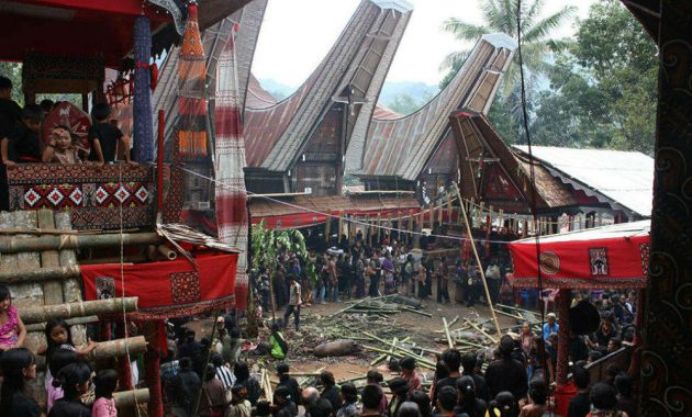 Cérémonie funéraire de Toraja
