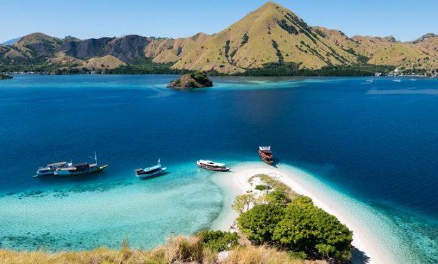 Opas Labuan Bajoon, portti Indonesian Komodo-lohikäärmeisiin